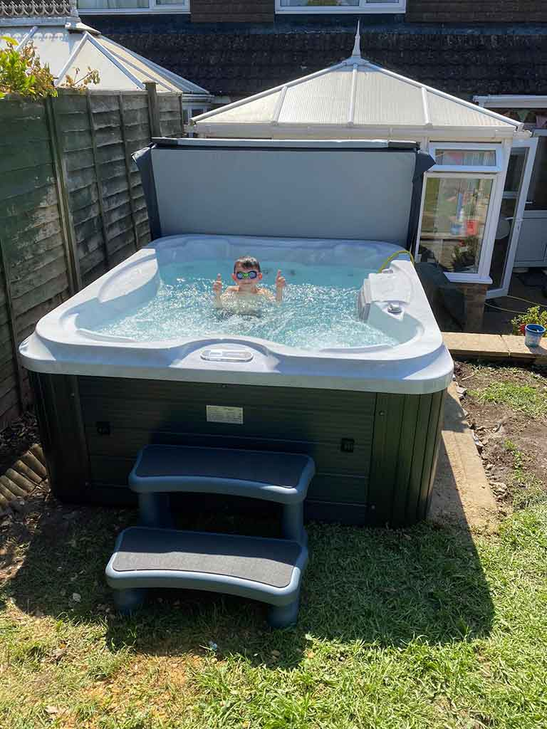 fresh hot tubs
